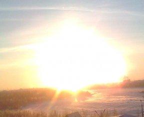 Полярное небо - солнце - огненный туман