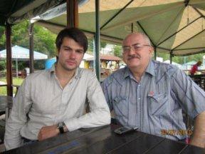 С сыном - Романом Ахадовым на берегу Енисея