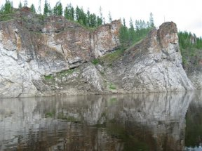 Нижняя Тунгуска - Угрюм-река. Берега шаманки-Синильги